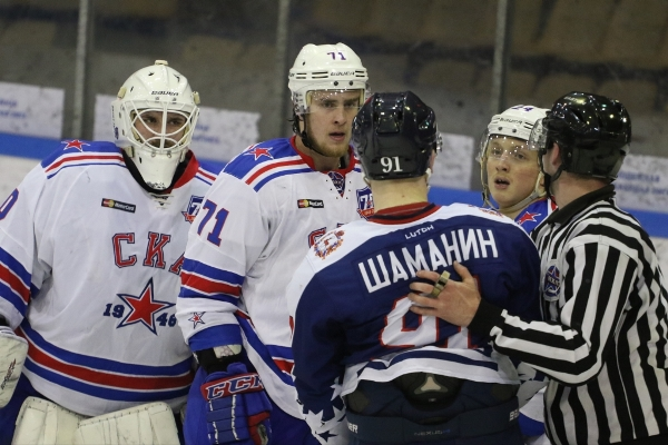 SPARTAK AND LOKO SURVIVE, DINAMO AND SKA-1946 TAKE THE LEAD