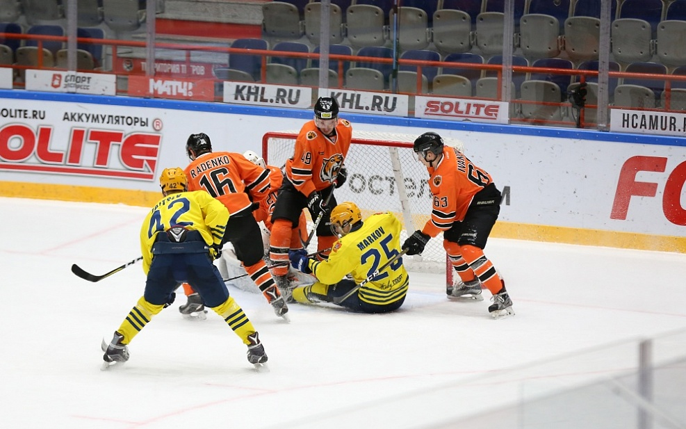 AMURSKIE TIGRY AND HK RIGA END THEIR SKIDS, KRYLIA SOVETOV BEAT THEIR RIVALS. NOVEMBER 9th REVIEW