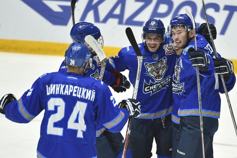 SEASON ROUND-UP. SNEZHNYE BARSY